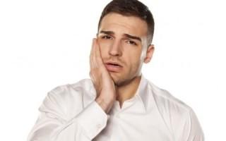 Симптомы, лечение и профилактика язвенного гингивита