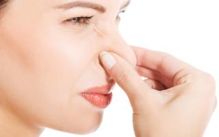 Почему изо рта появляется запах аммиака