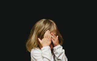 Почему у ребенка появляется запах аммиака изо рта