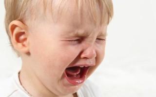 В связи с чем на языке у ребенка могут появиться язвочки и как с ними бороться