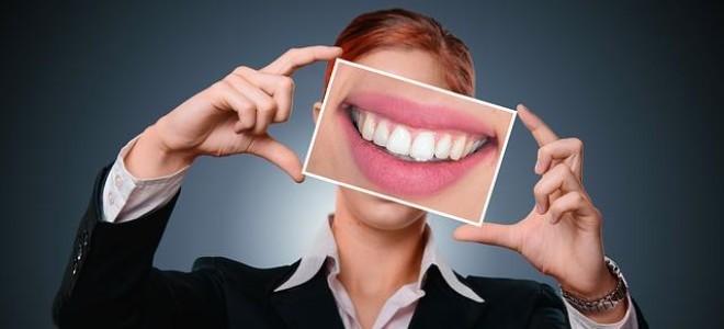 Ополаскиватели для полости рта и их применение