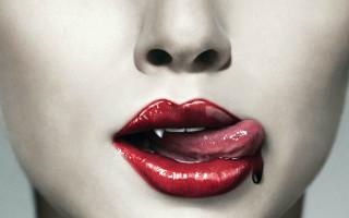 Почему во рту появляется кровяной привкус