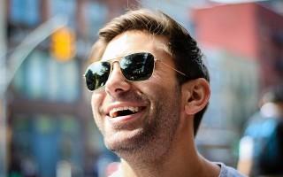 Преимущества и недостатки сапфировых брекетов