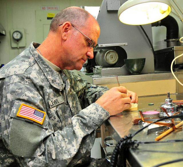 Самостоятельный ремонт протезов