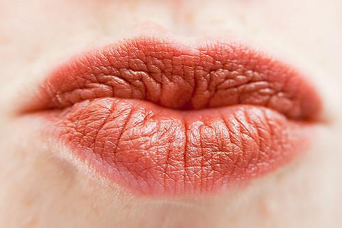 Упражнение для губ
