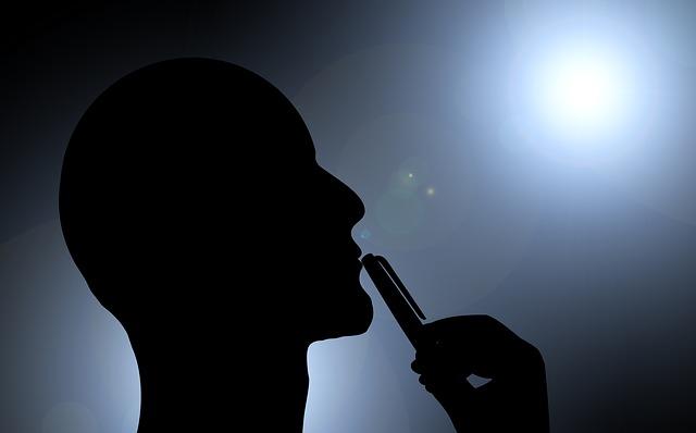 Шишка на уздечке верхней губы