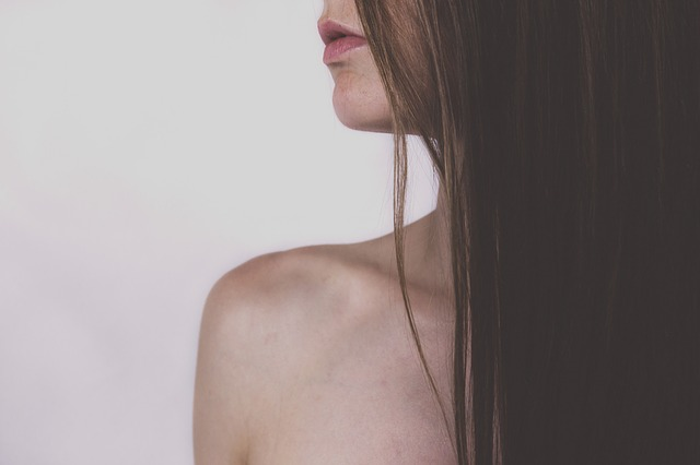 Белые высыпания на губах